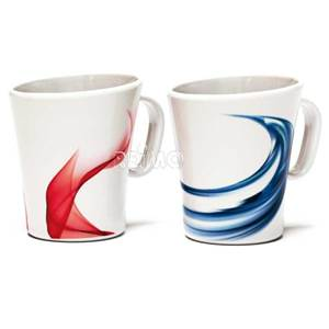 LOT DE 2 TASSES MELAMINES DECOR SAVONA