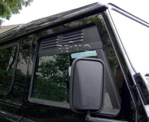 2 AIRVENT- AERATION HABITACLE LAND ROVER DEFENDER après 1983