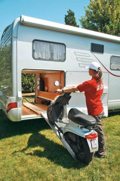 Porte moto coulissant carry moto pro for Porte garage camping car