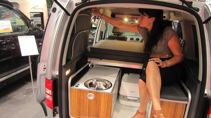 endormi luxe minicamper. Black Bedroom Furniture Sets. Home Design Ideas