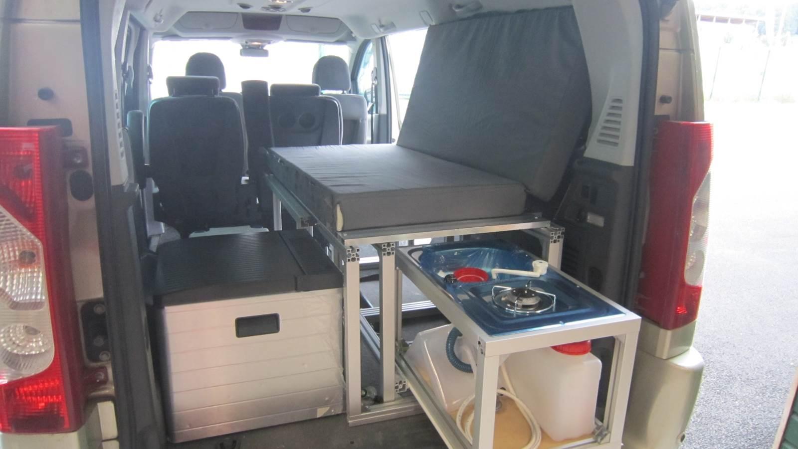 endormi coulissant complet vehicules sans banquettes et vu. Black Bedroom Furniture Sets. Home Design Ideas